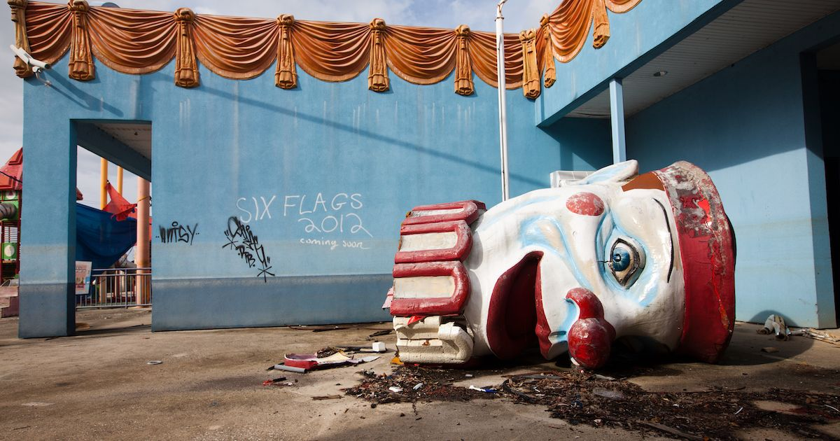 Abandoned Theme Parks What Happened To These Defunct Attractions