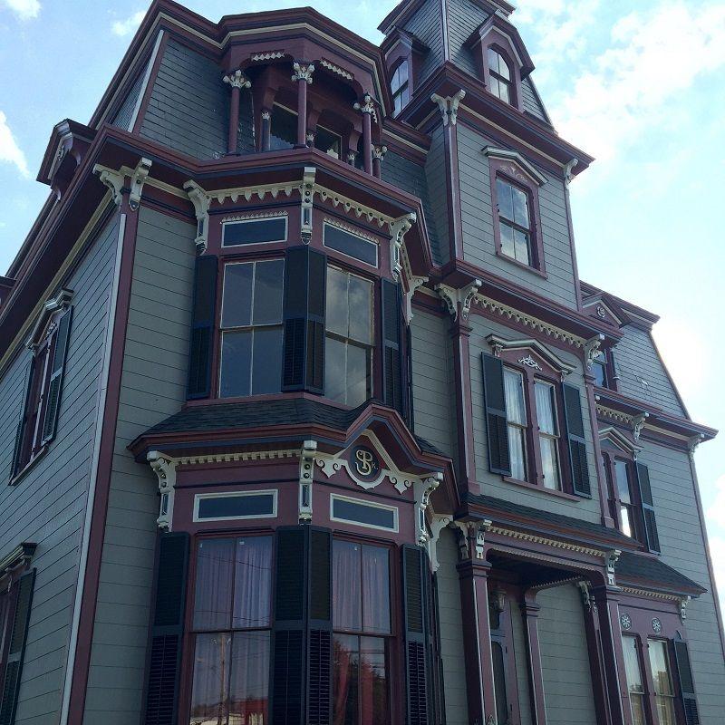 SK Pierce Mansion