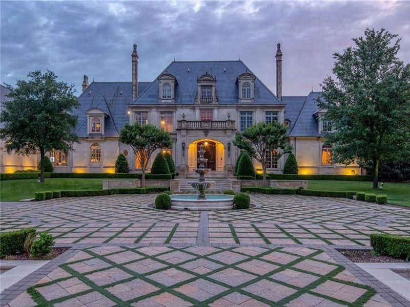 Tri-Mansion